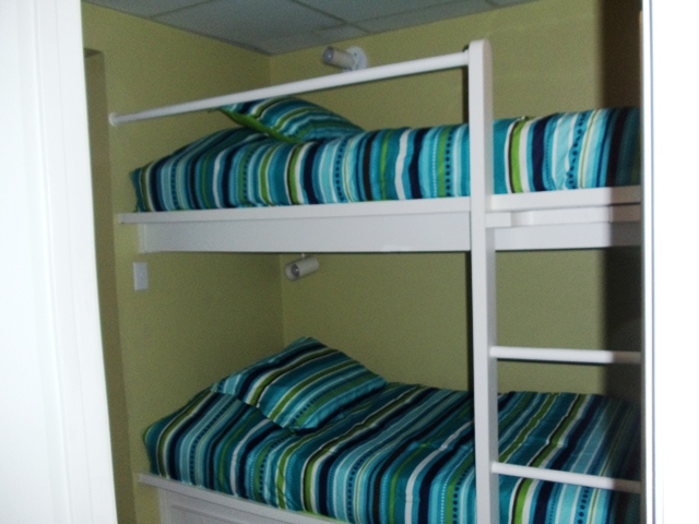 Nantucket Cottages Bunks